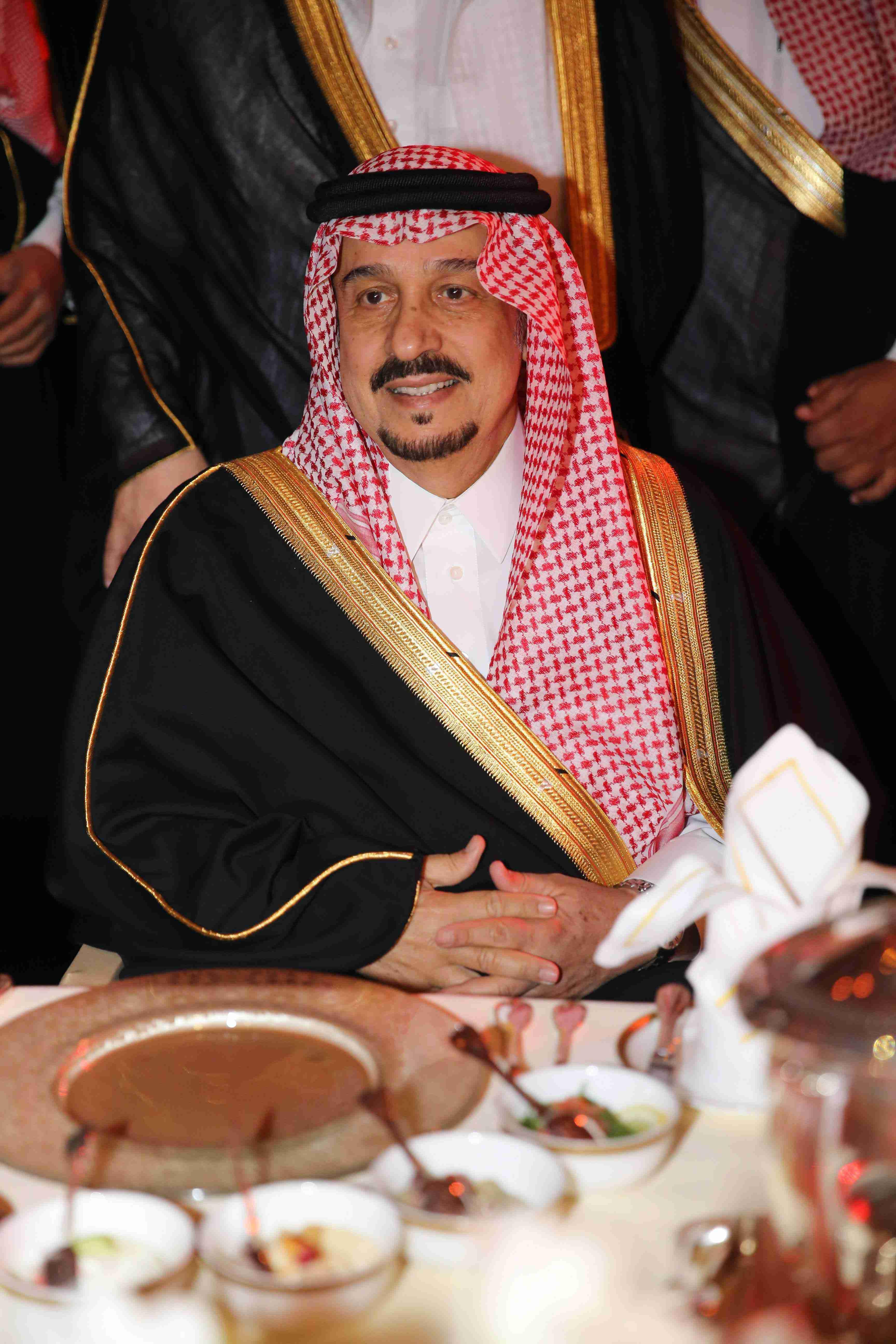 صاحب السمو الملكي الأمير/ فيصل بن بندر بن عبد العزيز آل سعود أمير منطقة الرياض